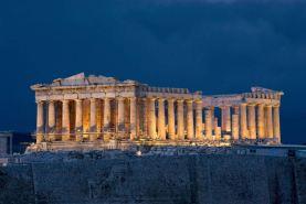 Parthenon, Atenas durante a noite [Fonte: http://www.imagenswiki.com/Uploads/imagenswiki.com/ImagensGrandes/partenon-acropolis-atenas.jpg]